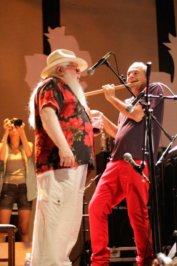 Hermeto Pascoal  e Carlos Malta - Sotaque Carregado - Circo Voador