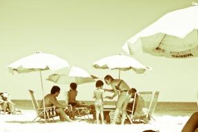 Um dia na praia de antigamente-11