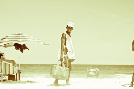 Um dia na praia de antigamente-14